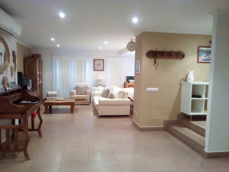 (Español) Precioso piso en Planta Baja