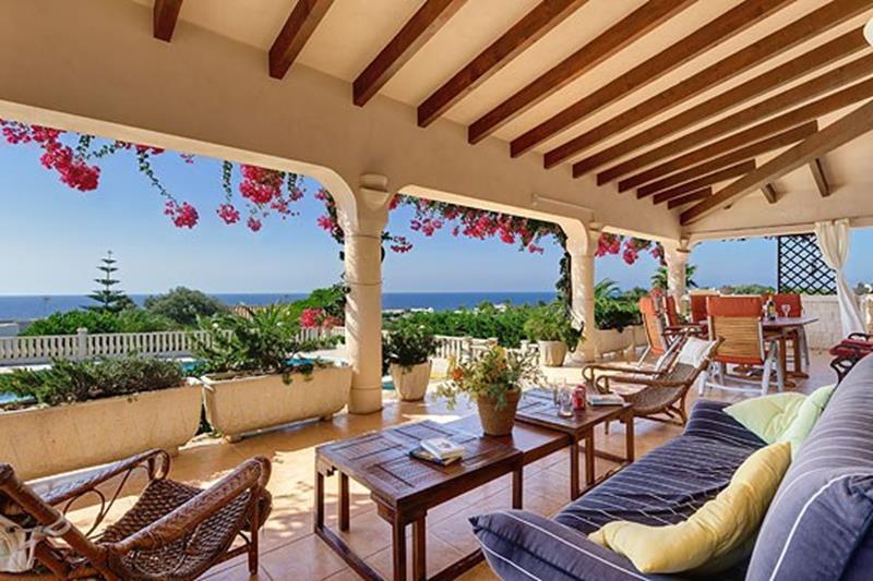 Villa with see views in S'Atalaya, next to Binibeca