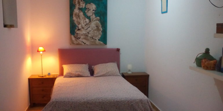 5. dormitorio interior